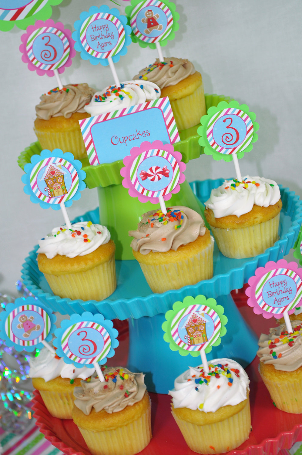 gingerbread birthday party  food label tent cards