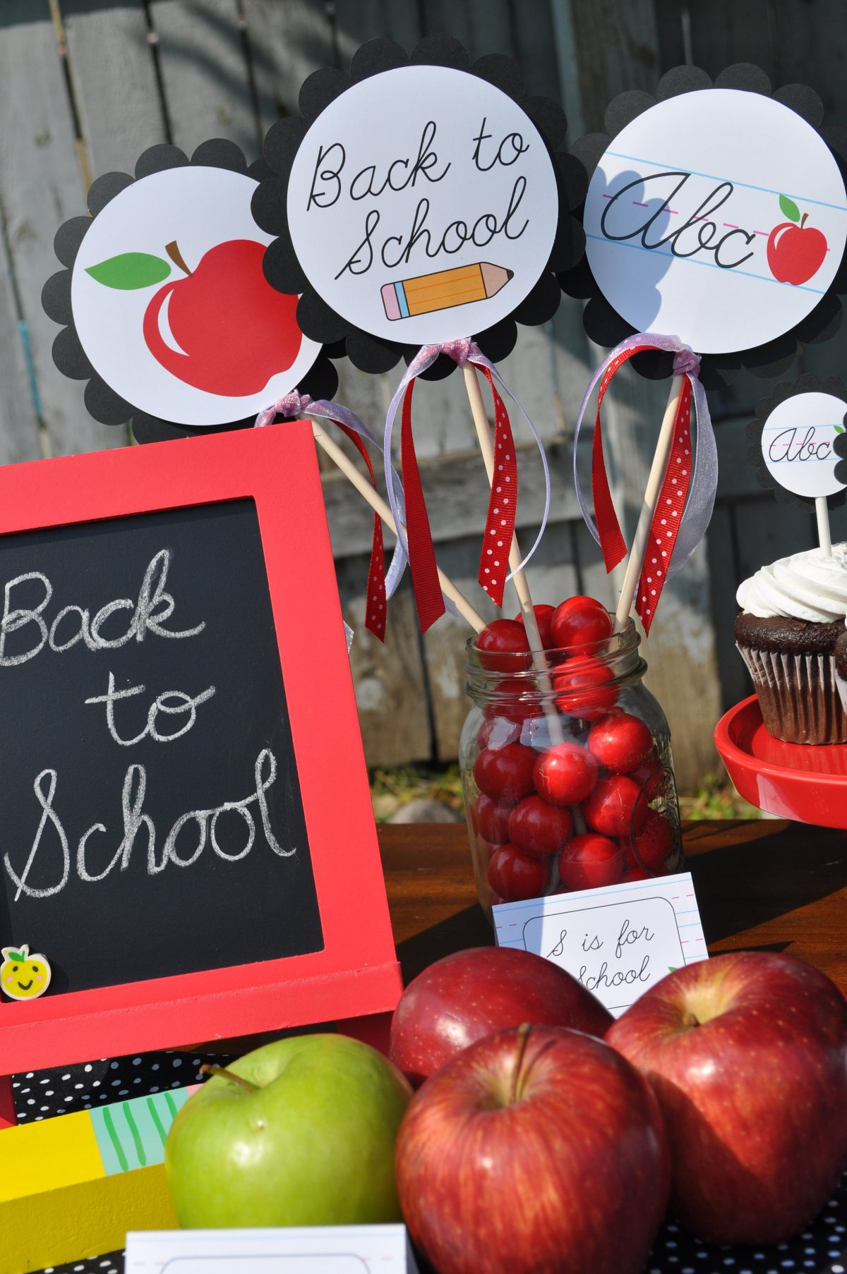 Back To School Party Centerpieces